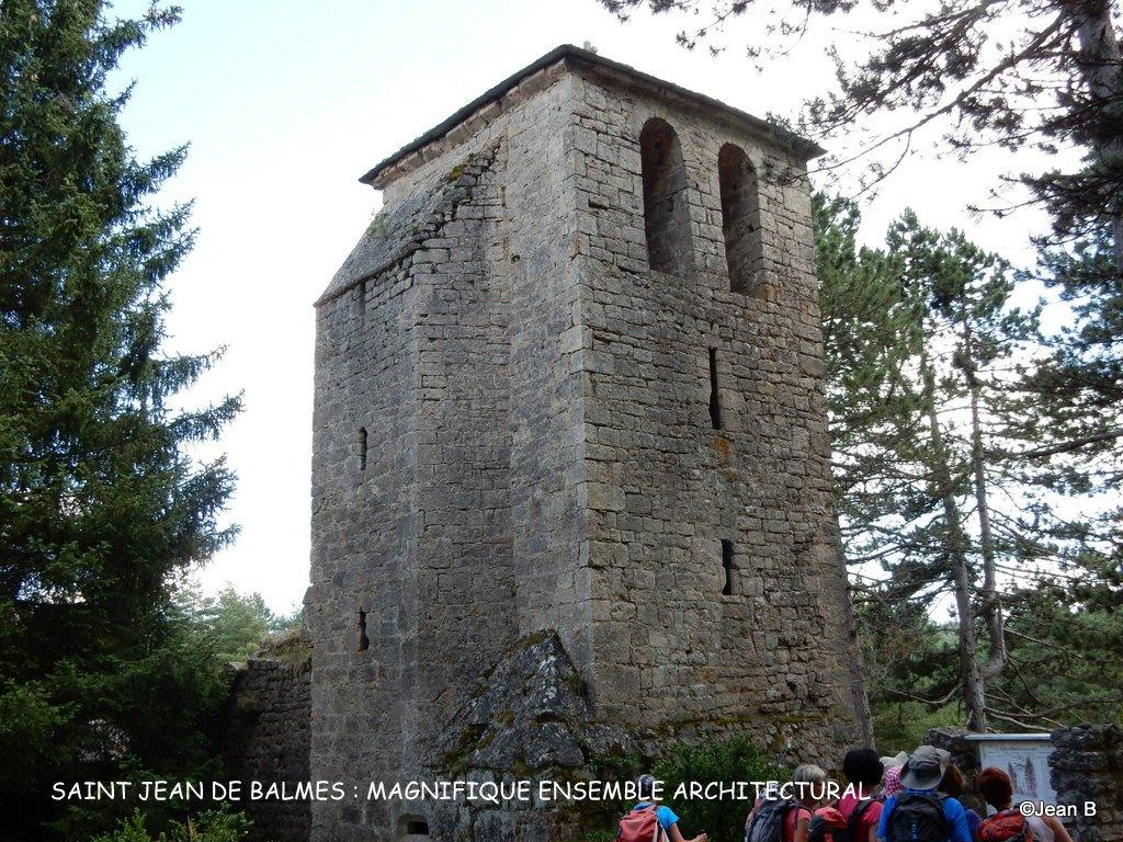 SAINT JEAN DE BALMES : MAGNIFIQUE ENSEMBLE ARCHITECTURAL